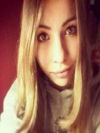 Dziewczyna Lola Biała